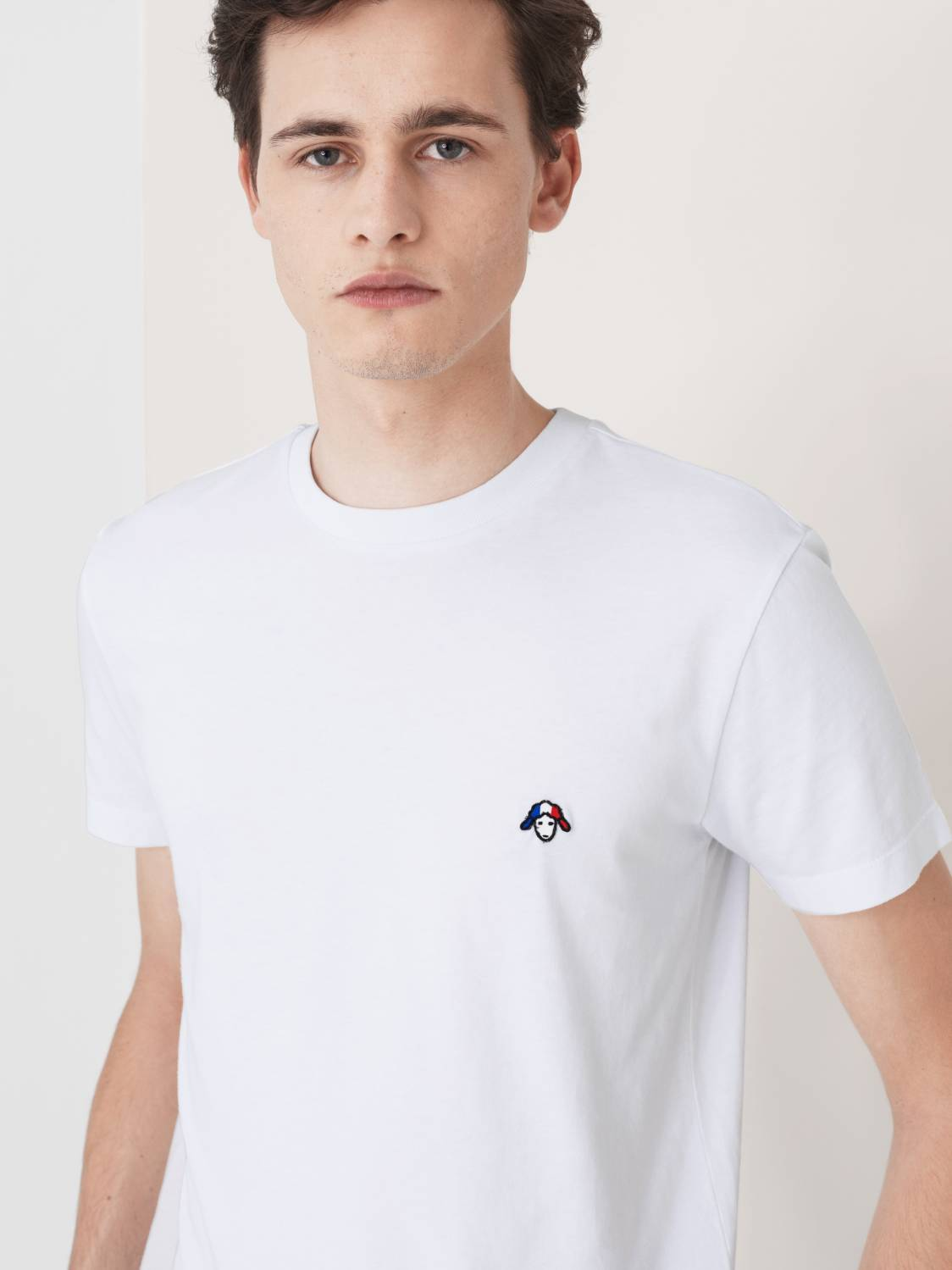 Sheep-embroidery T-Shirt