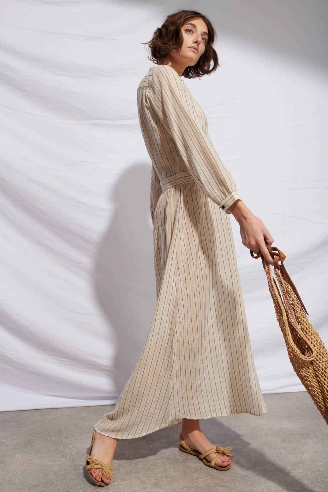 Robe en coton rayé