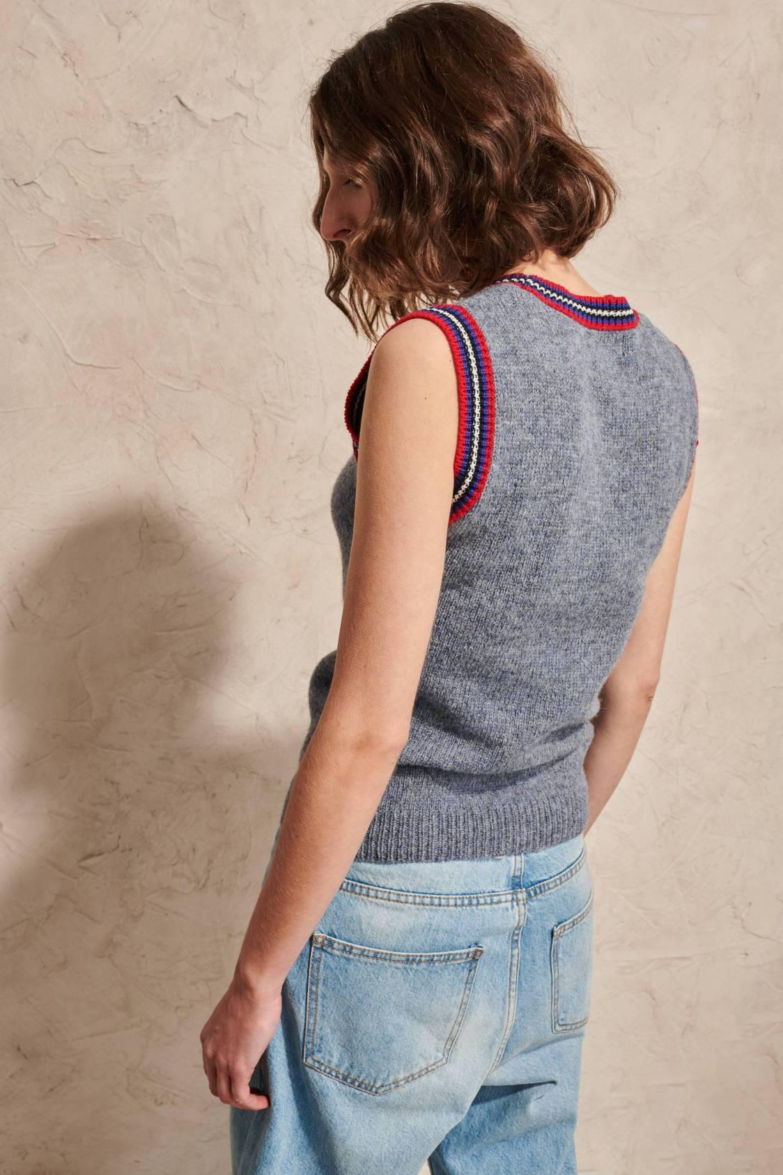 Graphic-collar Shetland Sleeveless Sweater