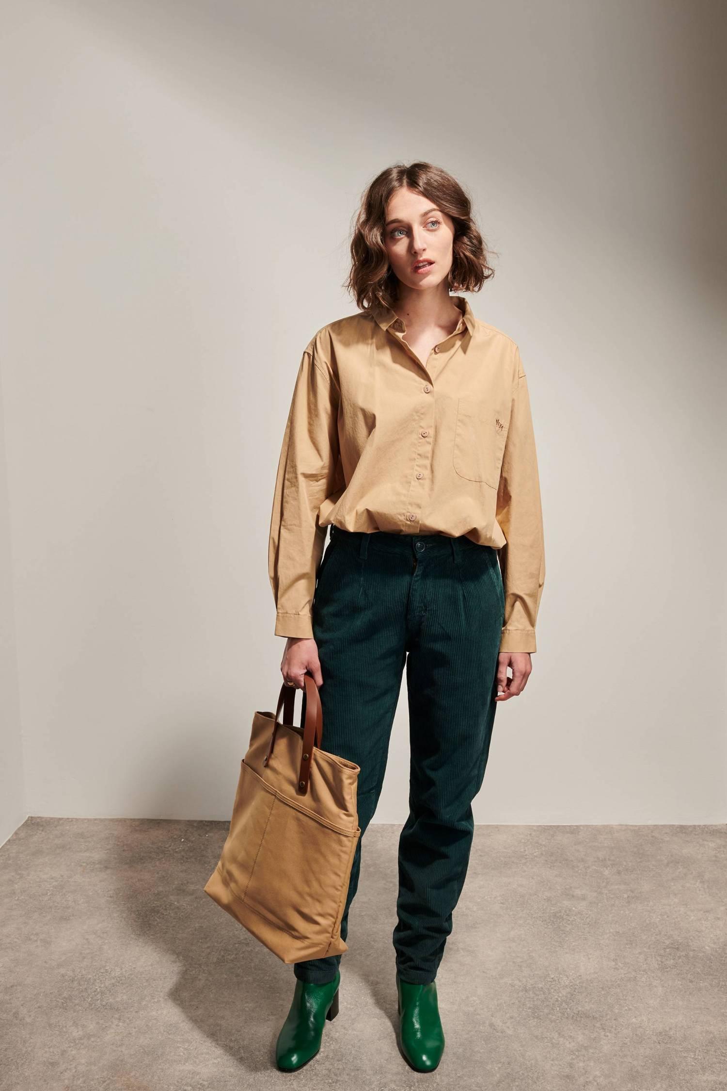 Pantalon droit en velours côtelé