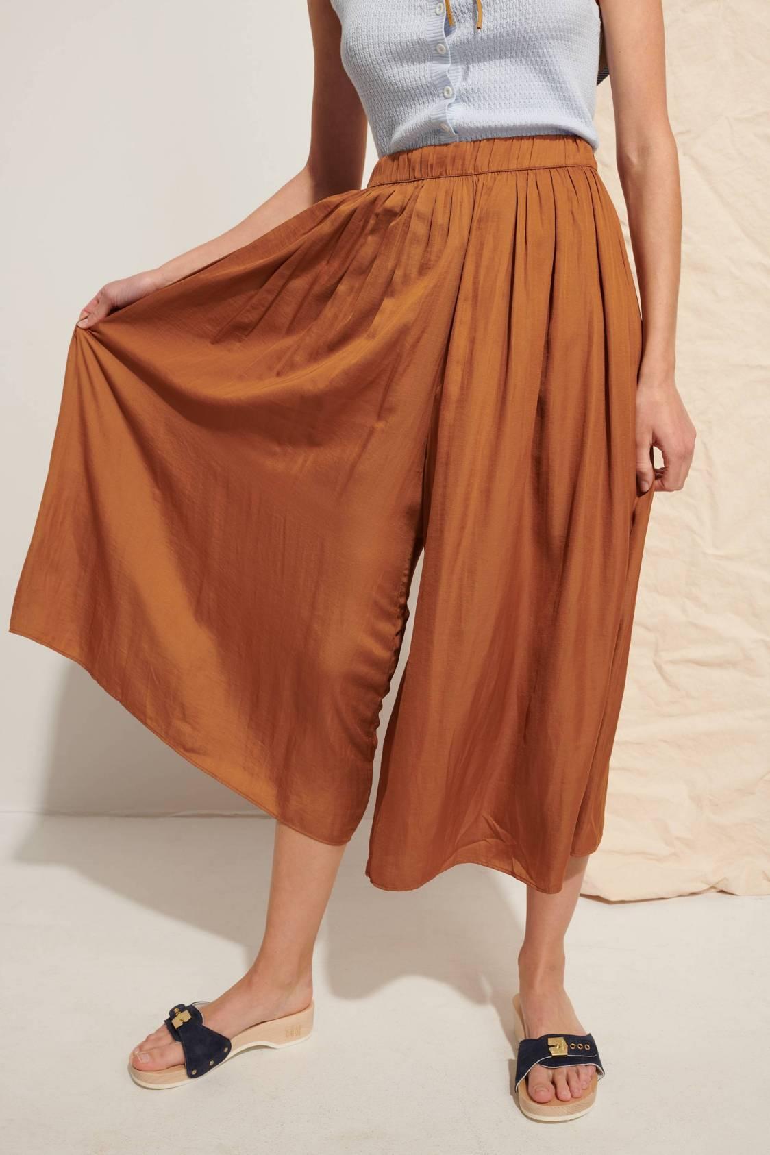 Fluid Divided Skirt