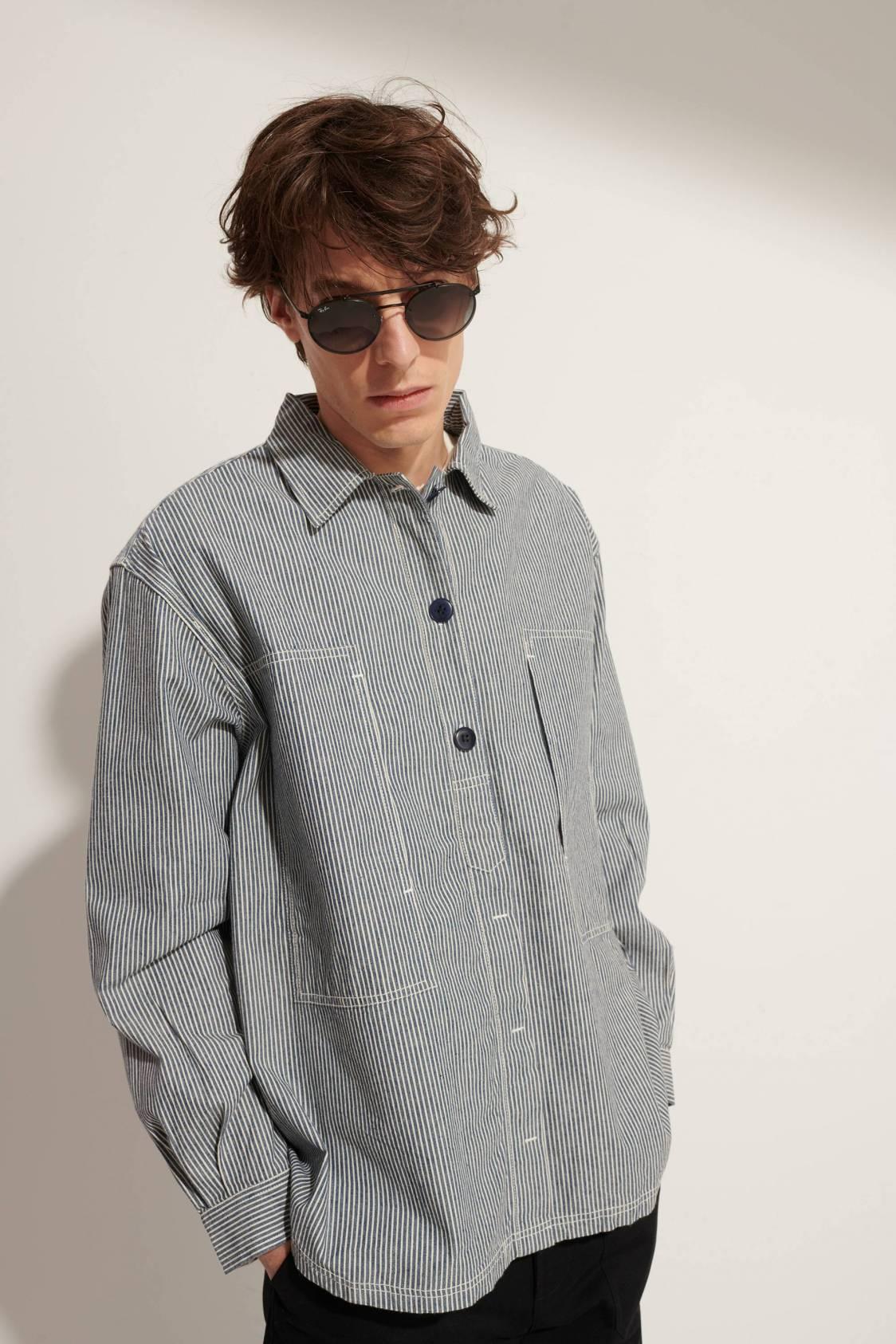 Wide Work Shirt