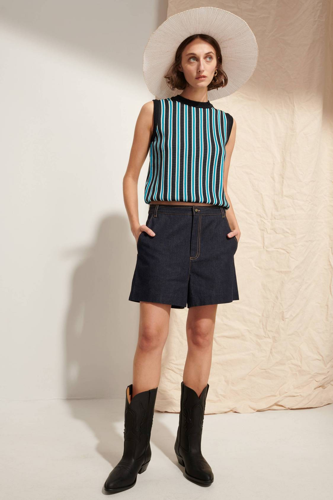 Vertical-stripe Sleeveless Knit Vest